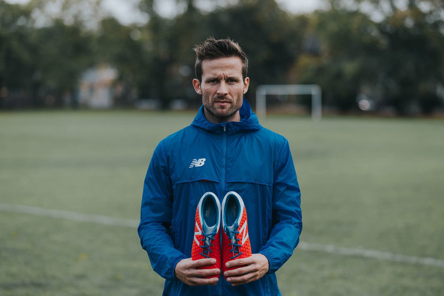 Yohan Cabaye for New Balance Wedding grapher Es