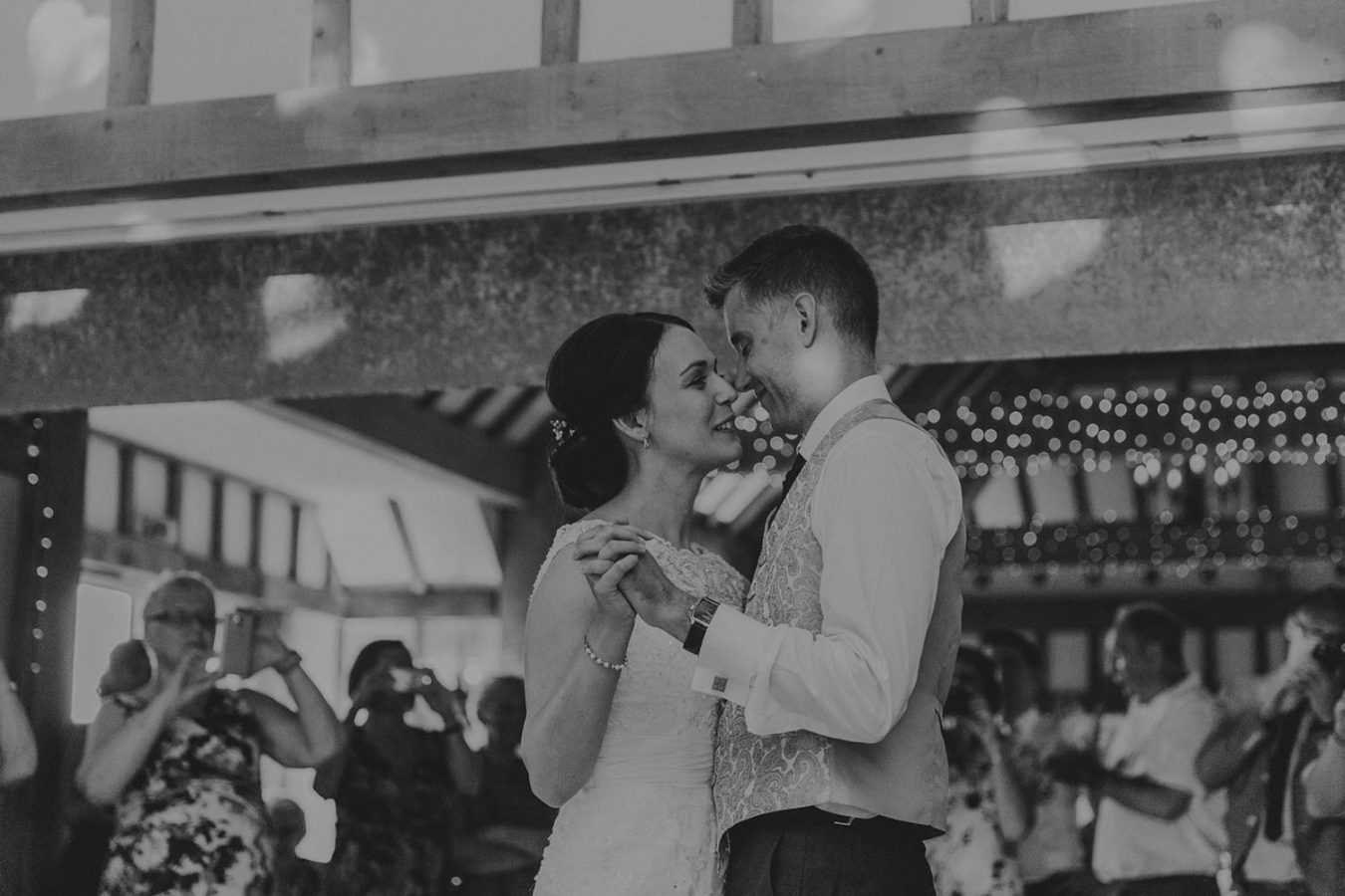 vaulty-manor-wedding-photography-117