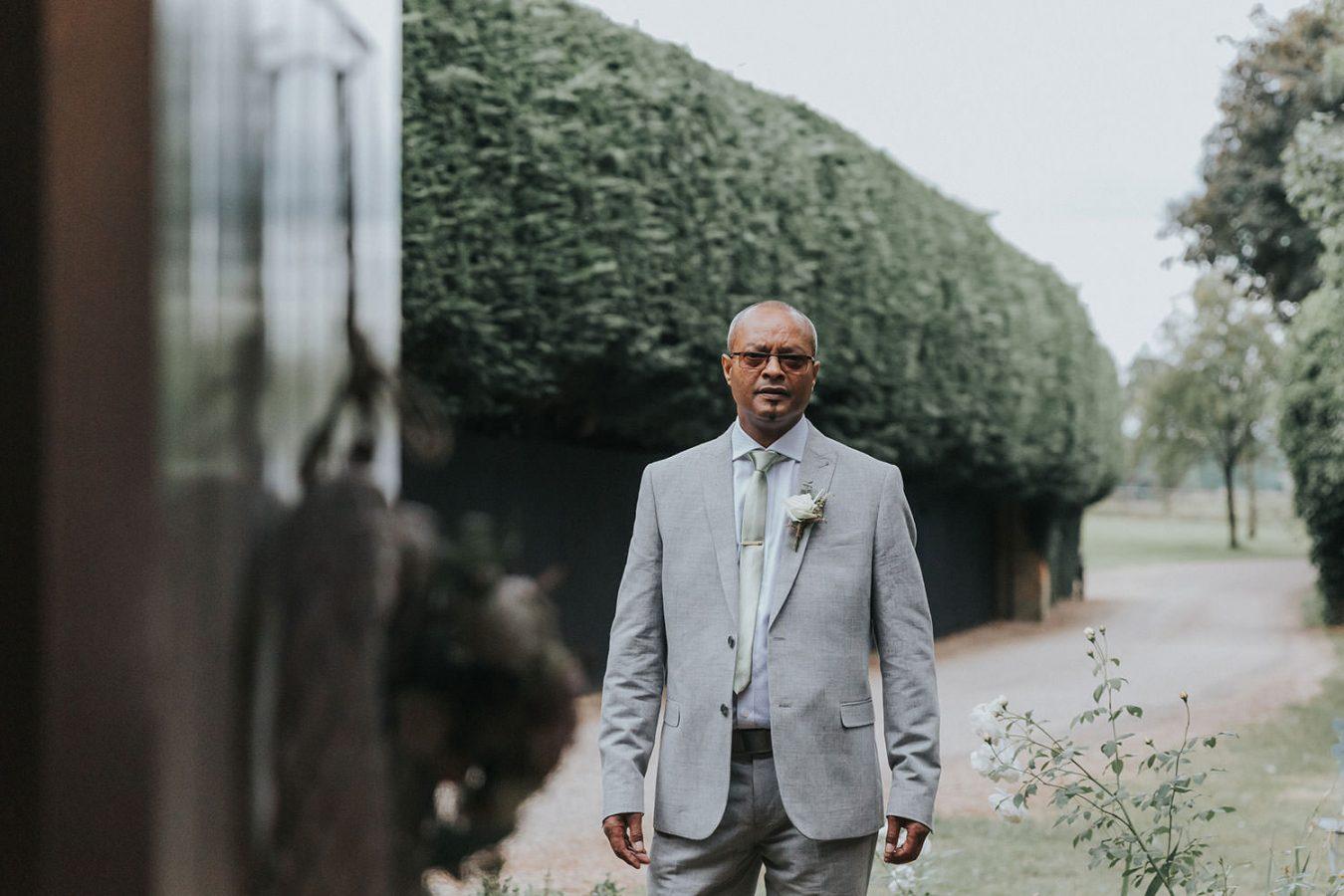 gaynes-park-wedding-essex036