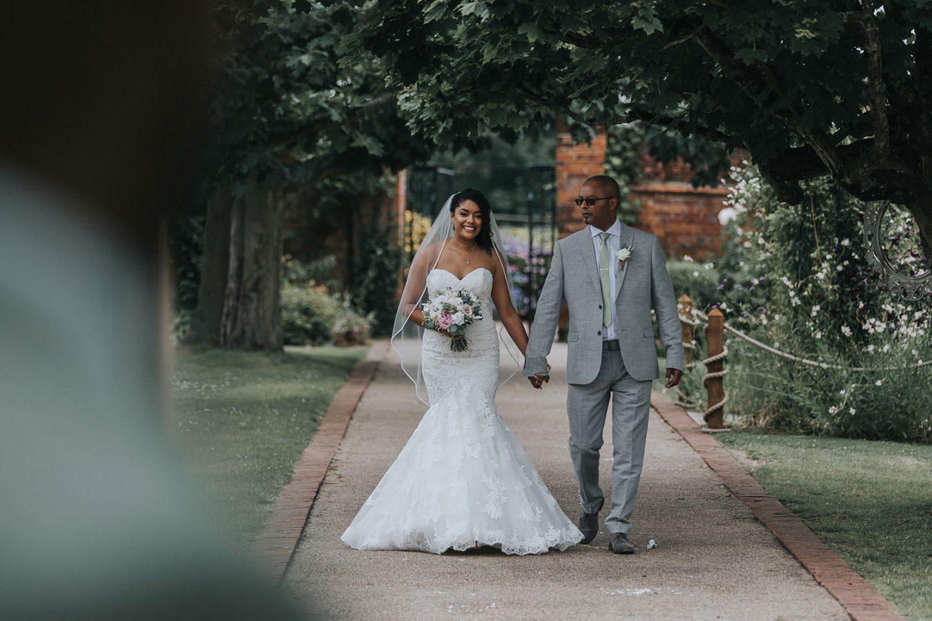gaynes-park-wedding-essex047