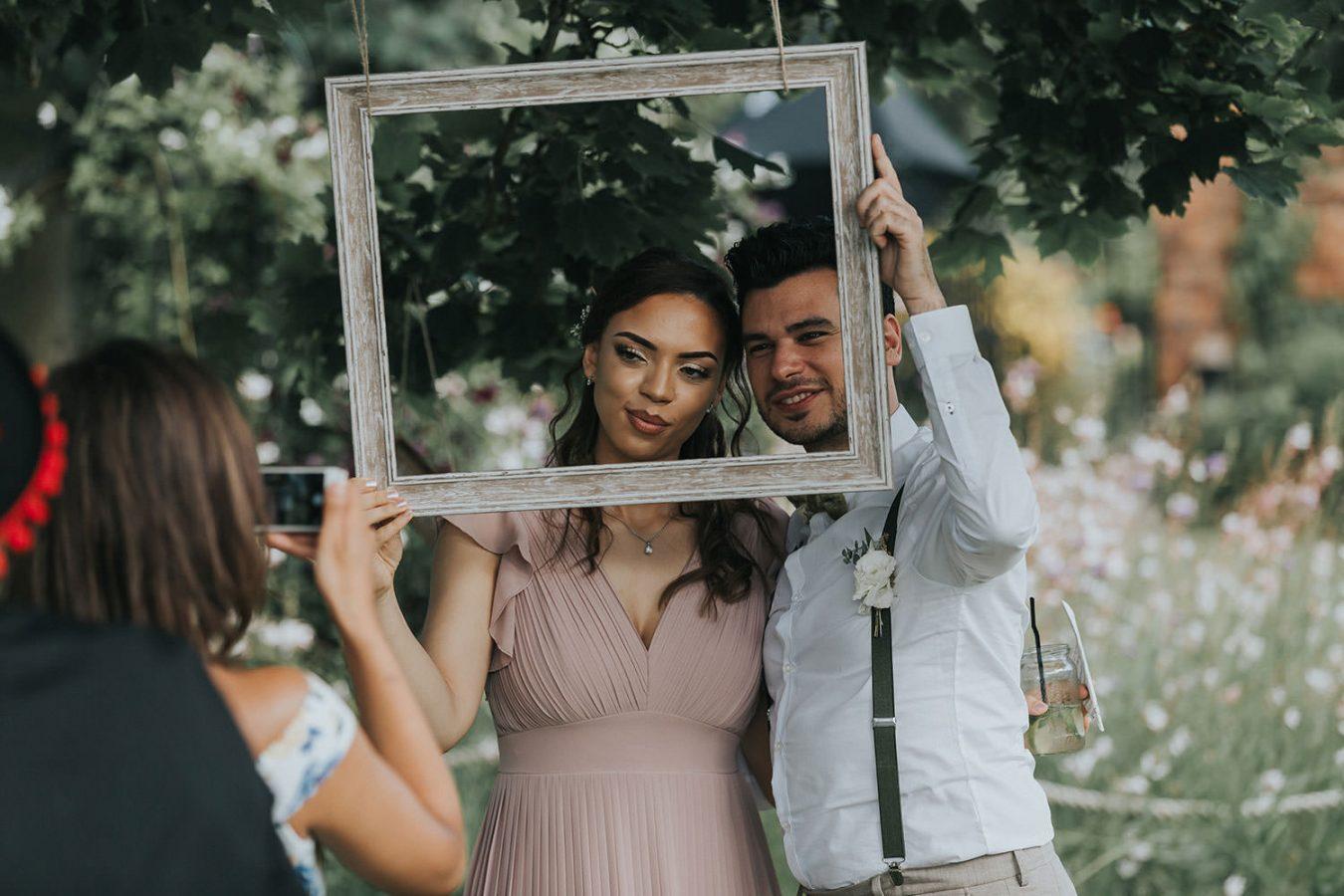 gaynes-park-wedding-essex086