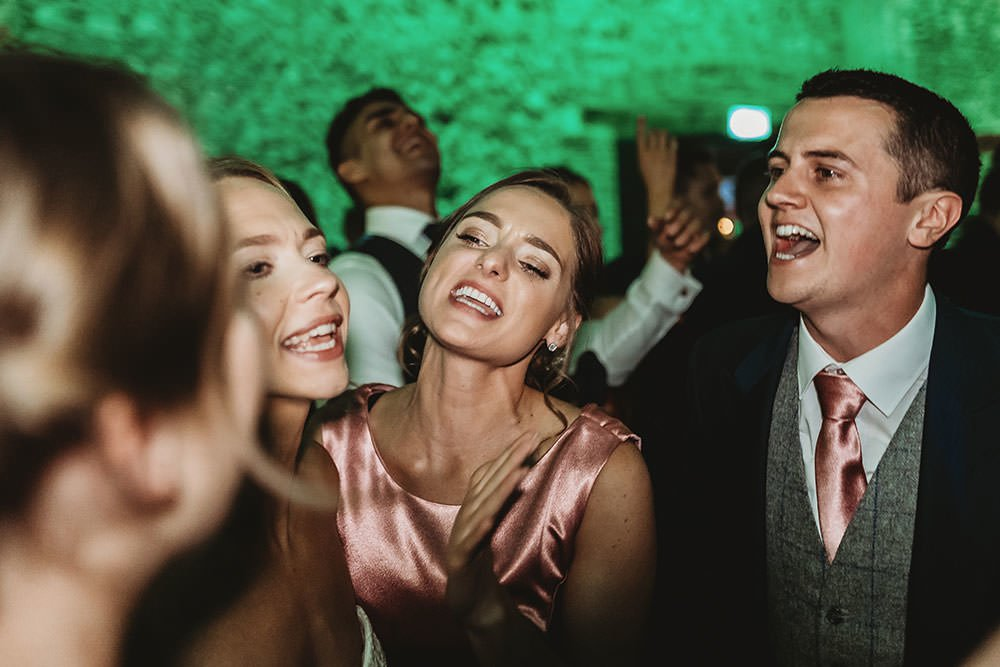 granary-barns-wedding-103
