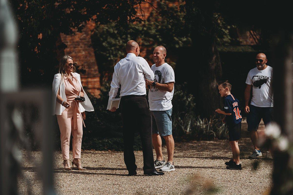 braxted-park-summer-wedding-photography-018