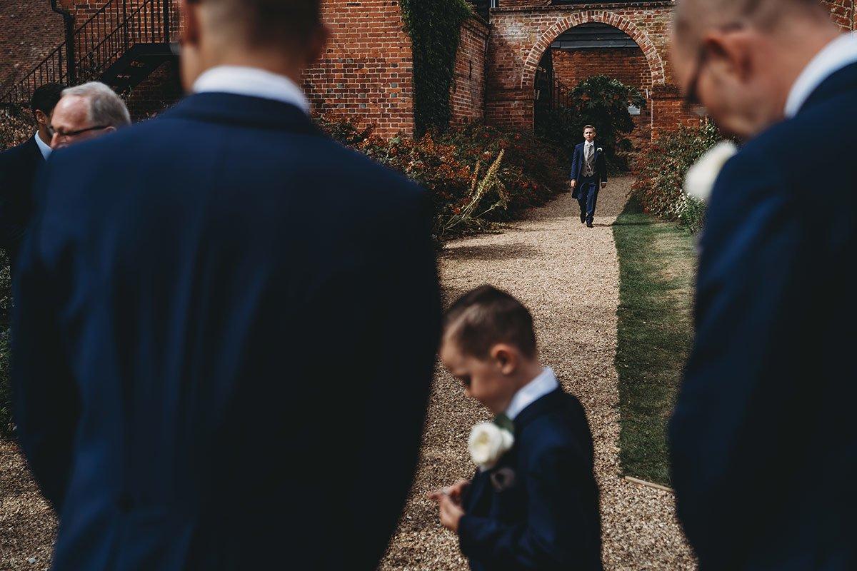 braxted-park-summer-wedding-photography-032