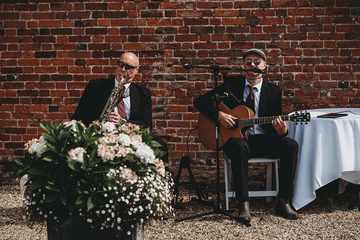 braxted-park-summer-wedding-photography-037
