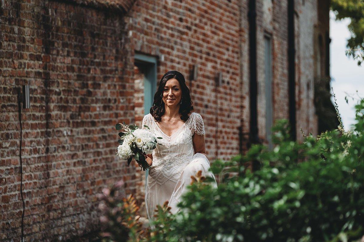 braxted-park-summer-wedding-photography-040