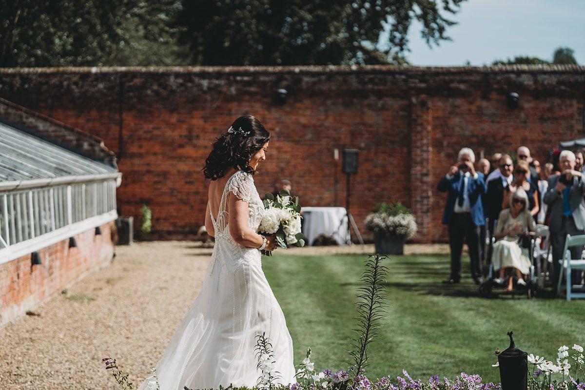 braxted-park-summer-wedding-photography-044
