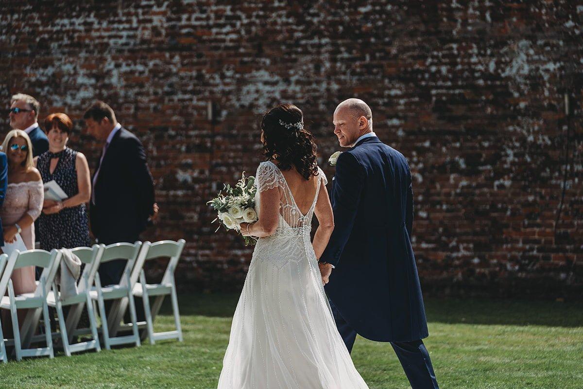 braxted-park-summer-wedding-photography-045