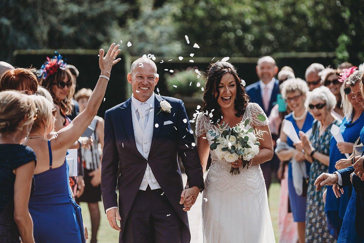 braxted-park-summer-wedding-photography-058
