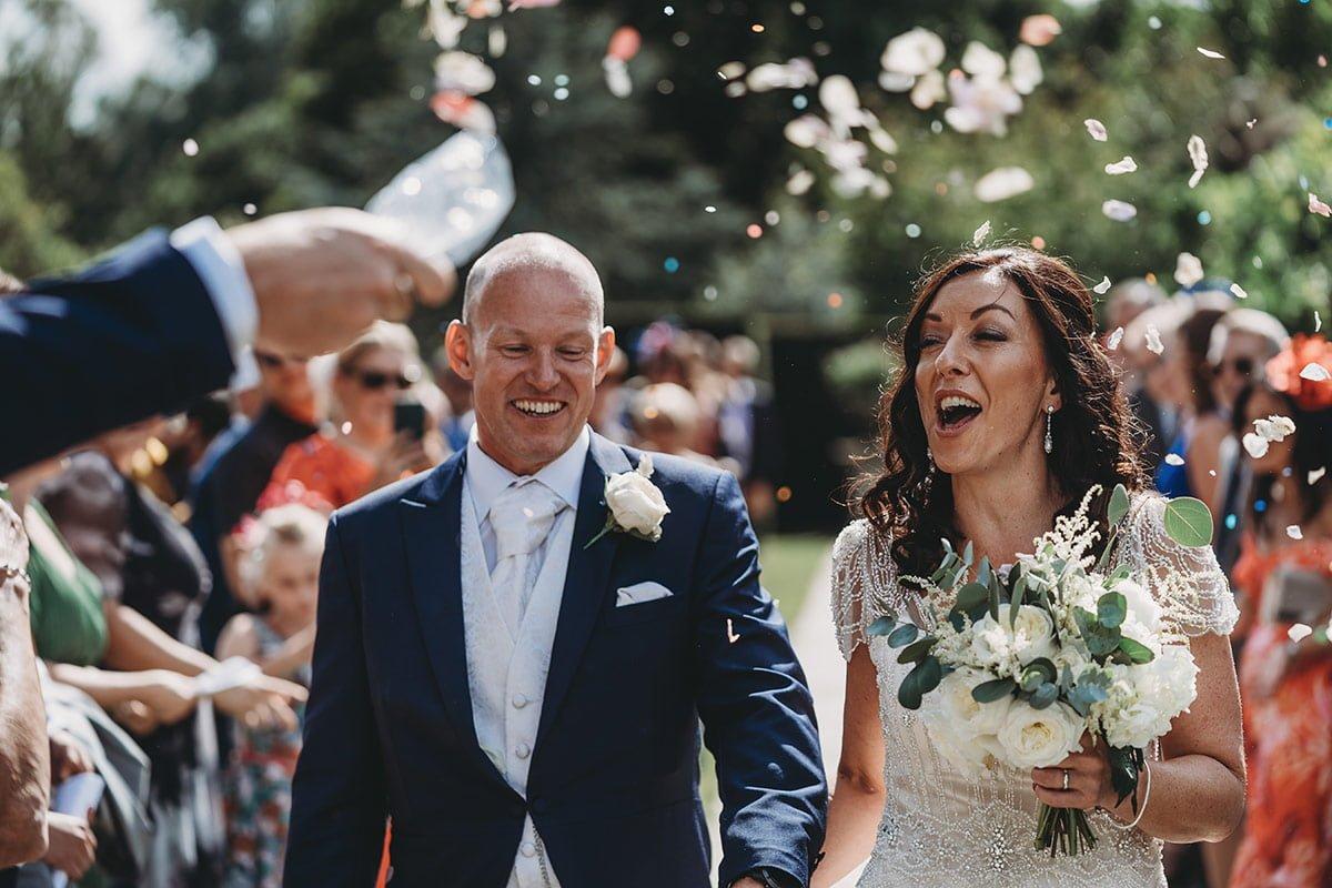 braxted-park-summer-wedding-photography-059