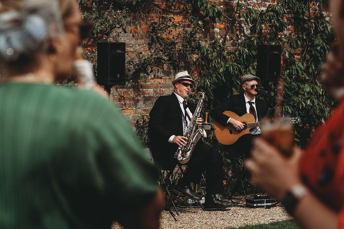 braxted-park-summer-wedding-photography-063