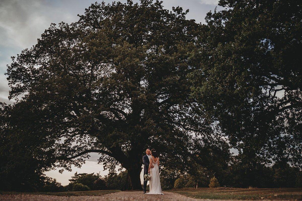 braxted-park-summer-wedding-photography-093
