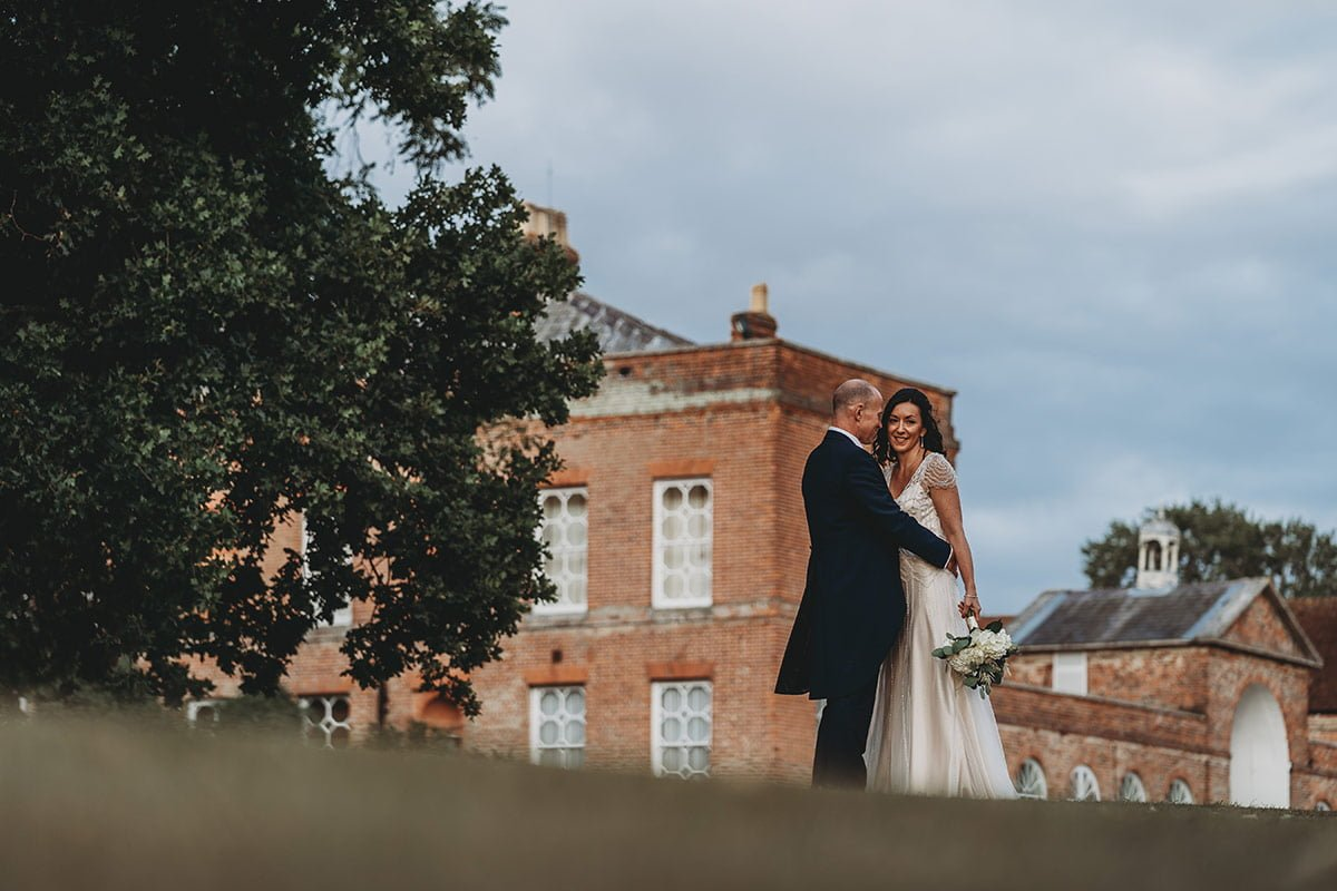 braxted-park-summer-wedding-photography-094