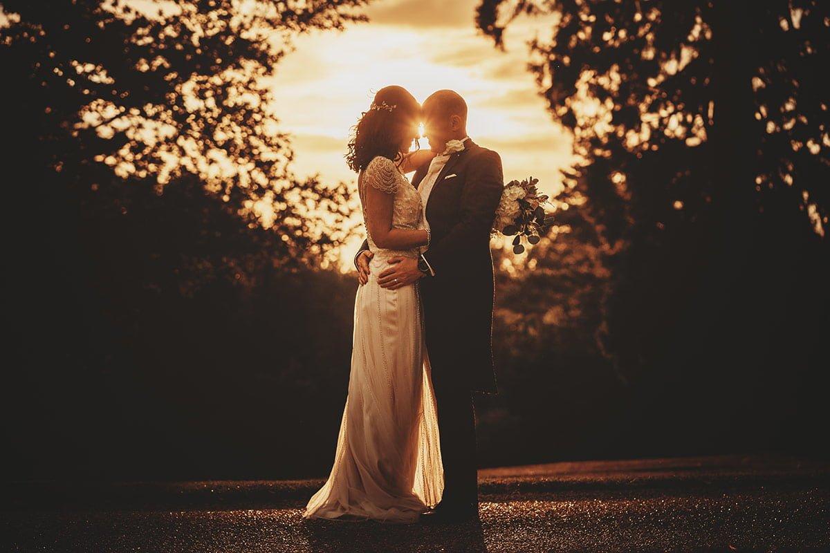 braxted-park-summer-wedding-photography-096