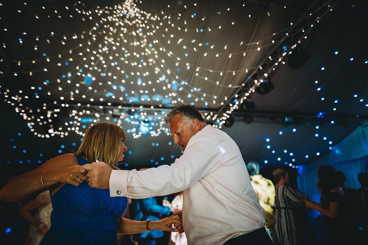 braxted-park-summer-wedding-photography-109